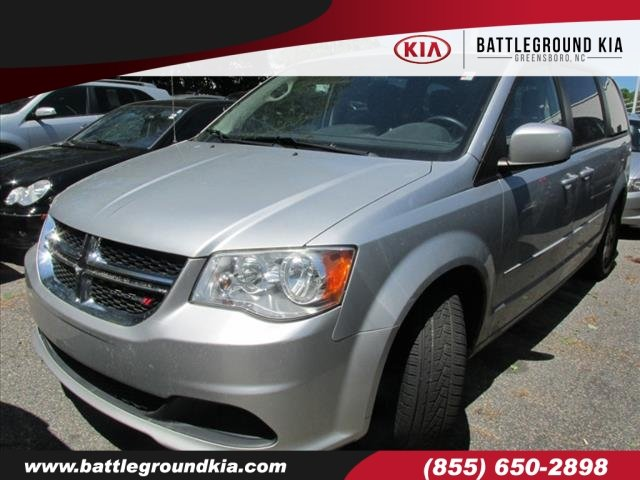fdea21808f Pre-Owned 2012 Dodge Grand Caravan SE Mini-van