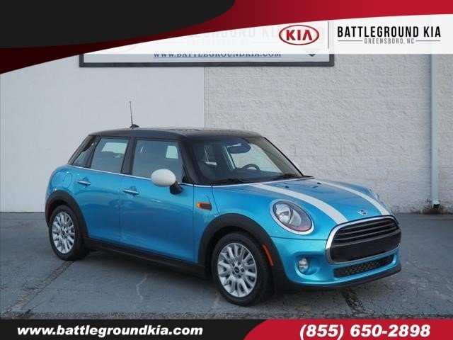 Pre Owned 2016 Mini Cooper Hardtop 4 Door Base Hatchback In